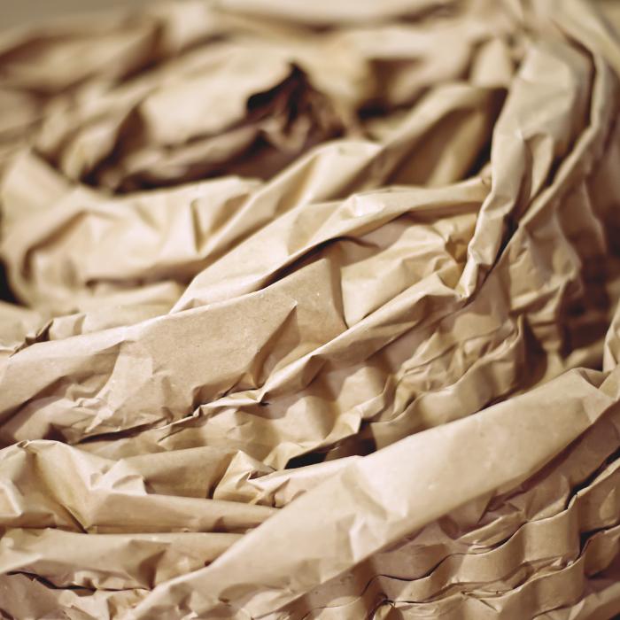 Papírová výplň